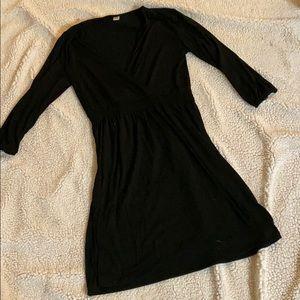 Black old navy quarter sleeve dress